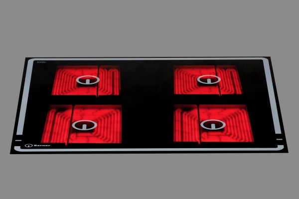 Berner BS4CESST Gastronomieküchen-Einbauceranfeld mit Quadratkochplatten und Topferkennung